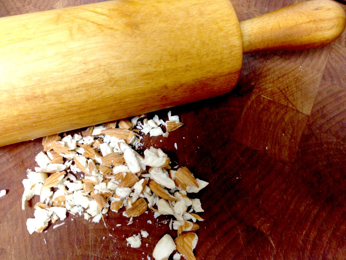 almonds-rolling-pin