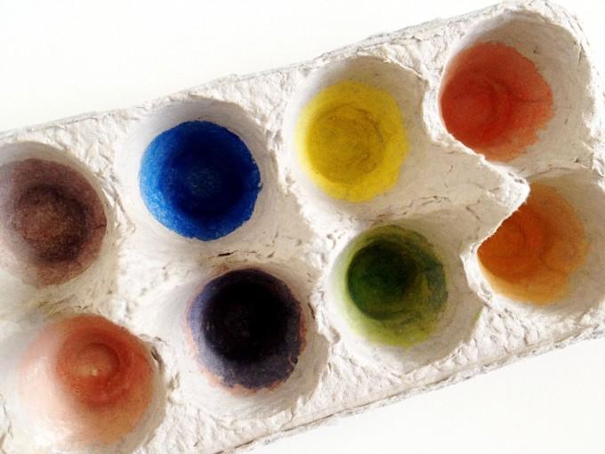 egg carton colours