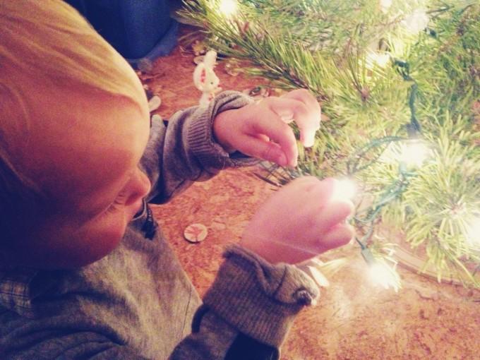 decorating tree 3