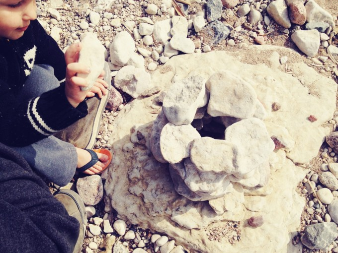 tiny peasant stone art